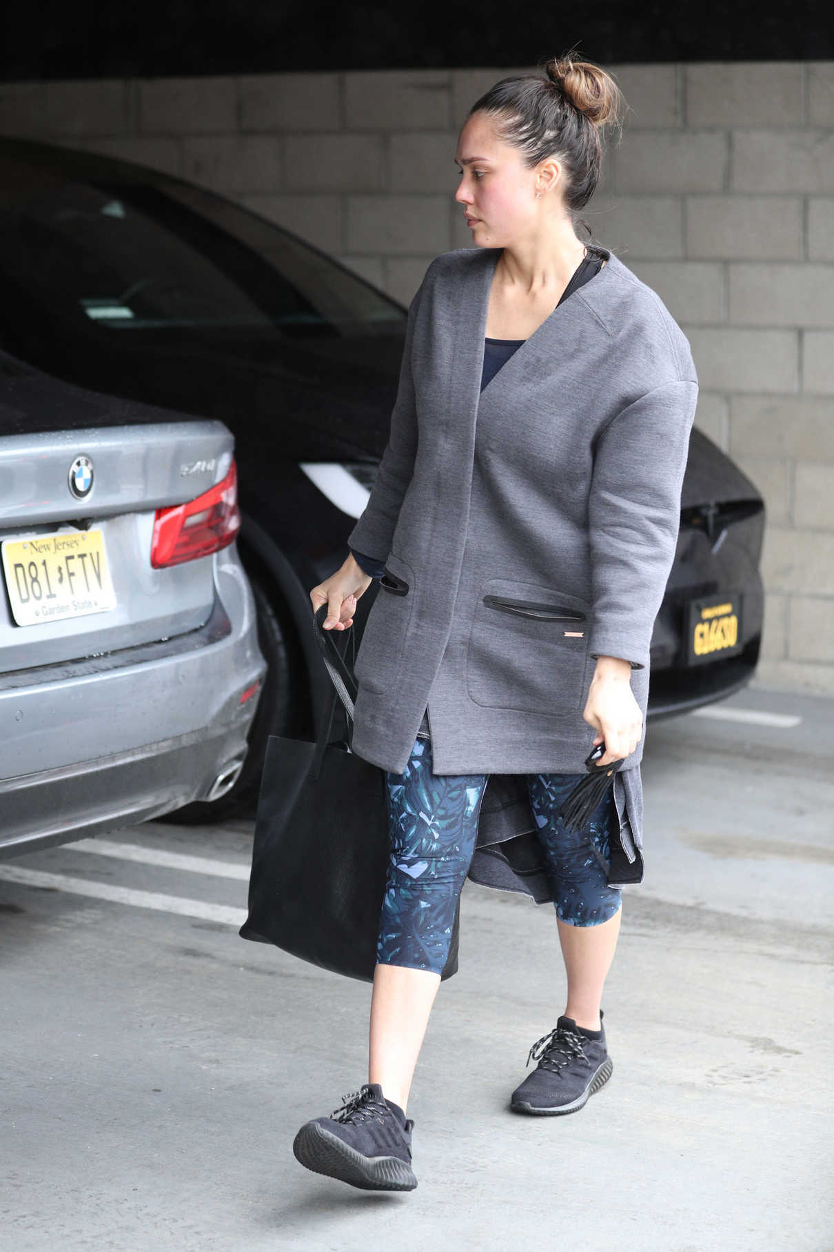 Jessica Alba Hits the Gym in LA 03/10/2018-4