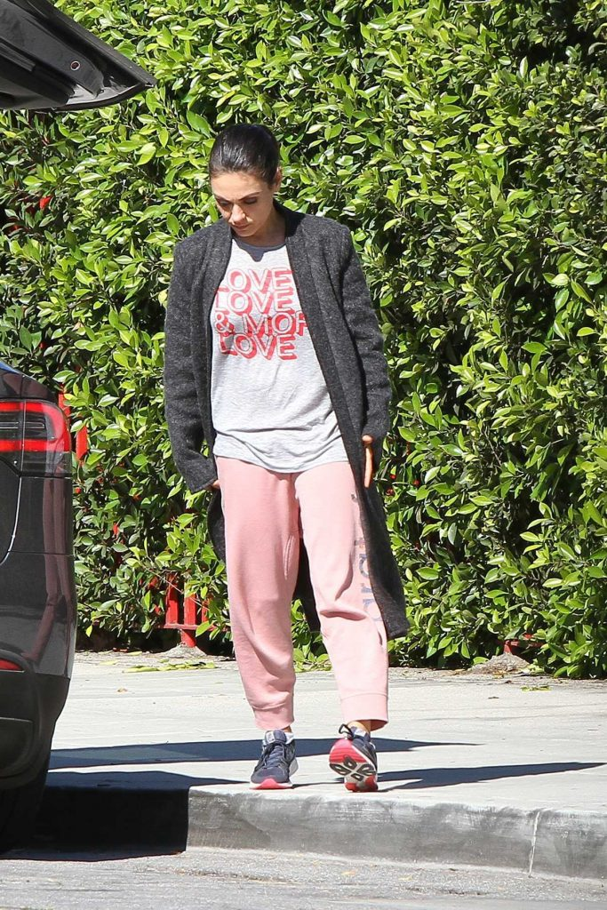 Mila Kunis Was Spotted Out in LA 03/19/2018-1