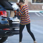Miley Cyrus Goes to Party City in Porter Ranch 03/01/2018-4
