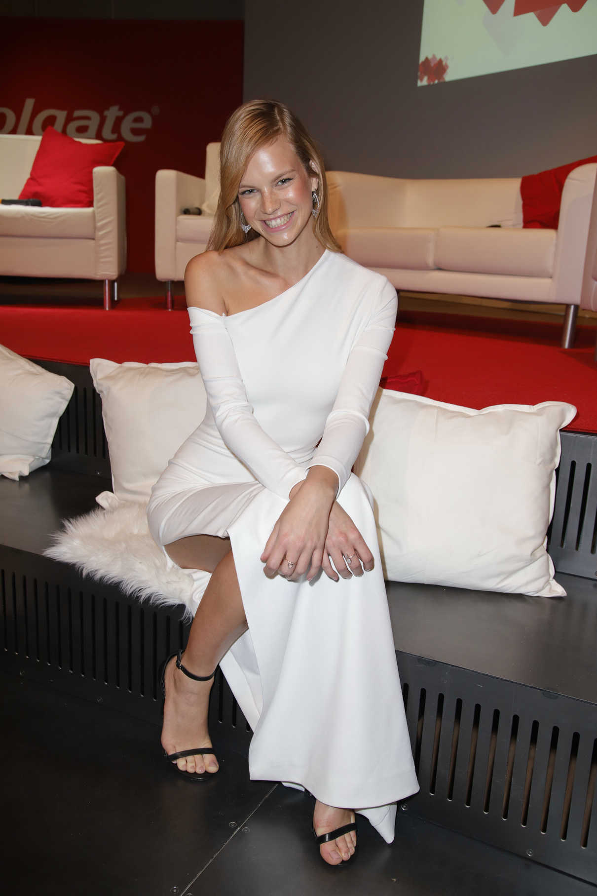 Nadine Leopold During the Colgate White Night at Apartimentum in Hamburg 03/08/2018-5