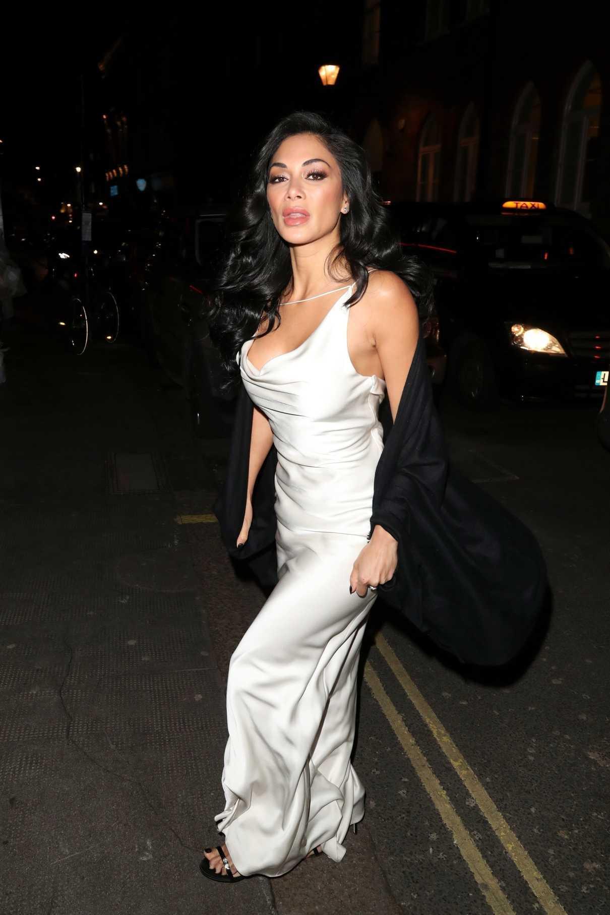 Nicole Scherzinger Leaves The Ivy Restaurant in London 03 ...