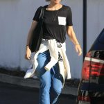 Olivia Wilde Leaves Hugo's Restaurant in West Hollywood 03/01/2018-4