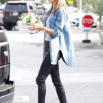 Alessandra Ambrosio Grabs Some Flowers for Easter with a Mystery Man in Los Angeles 03/31/2018-5