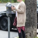 Hilary Duff Pays the Parking Meter in Los Angeles 04/07/2018-3