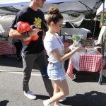 Joey King Goes to the Farmers Market with Her Boyfriend in LA 04/22/2018-2