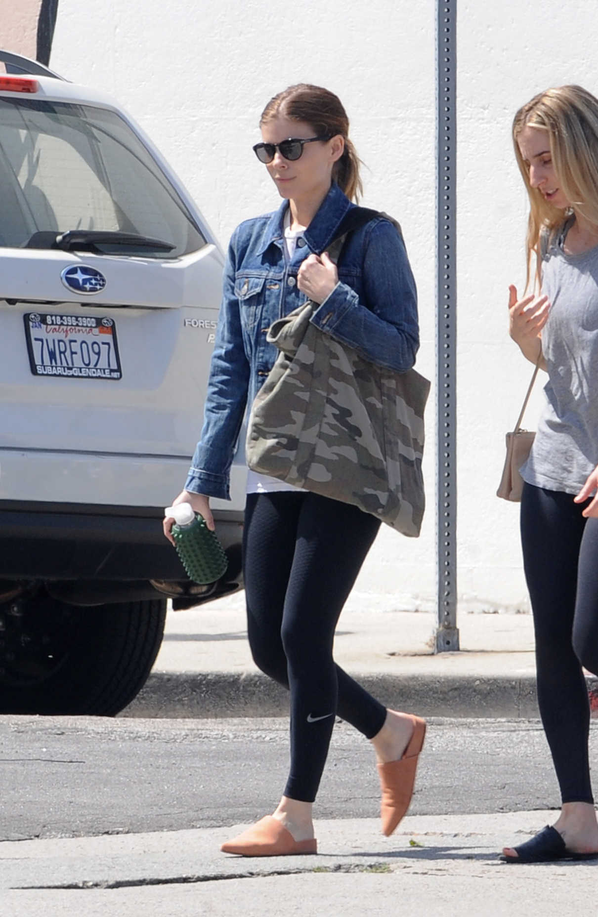 Kate Mara Hits the Gym with a Friend in Los Angeles 04/01/2018-2