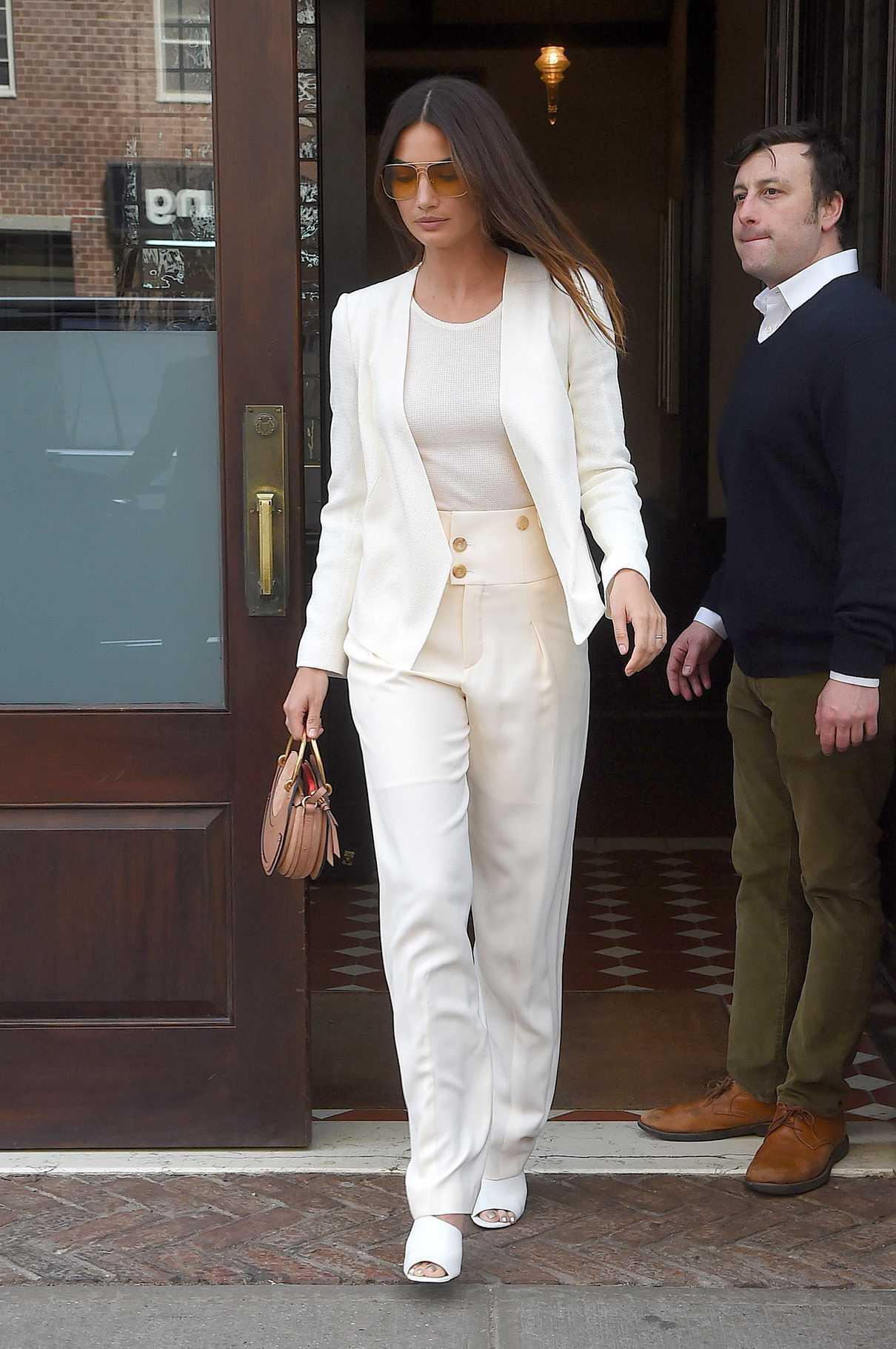 Lily Aldridge Leaves Her Hotel in New York City 04/24/2018-2