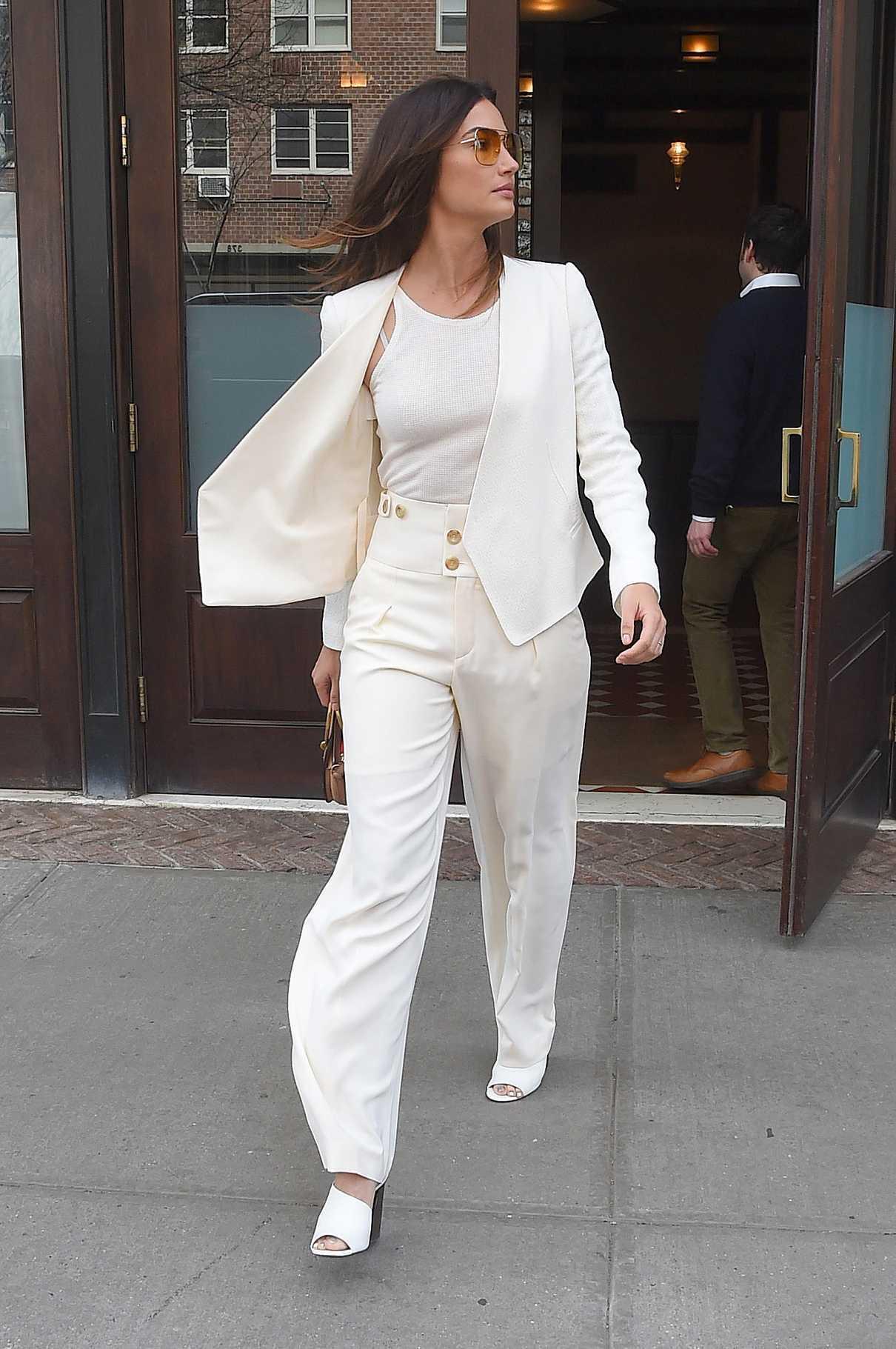Lily Aldridge Leaves Her Hotel in New York City 04/24/2018-3