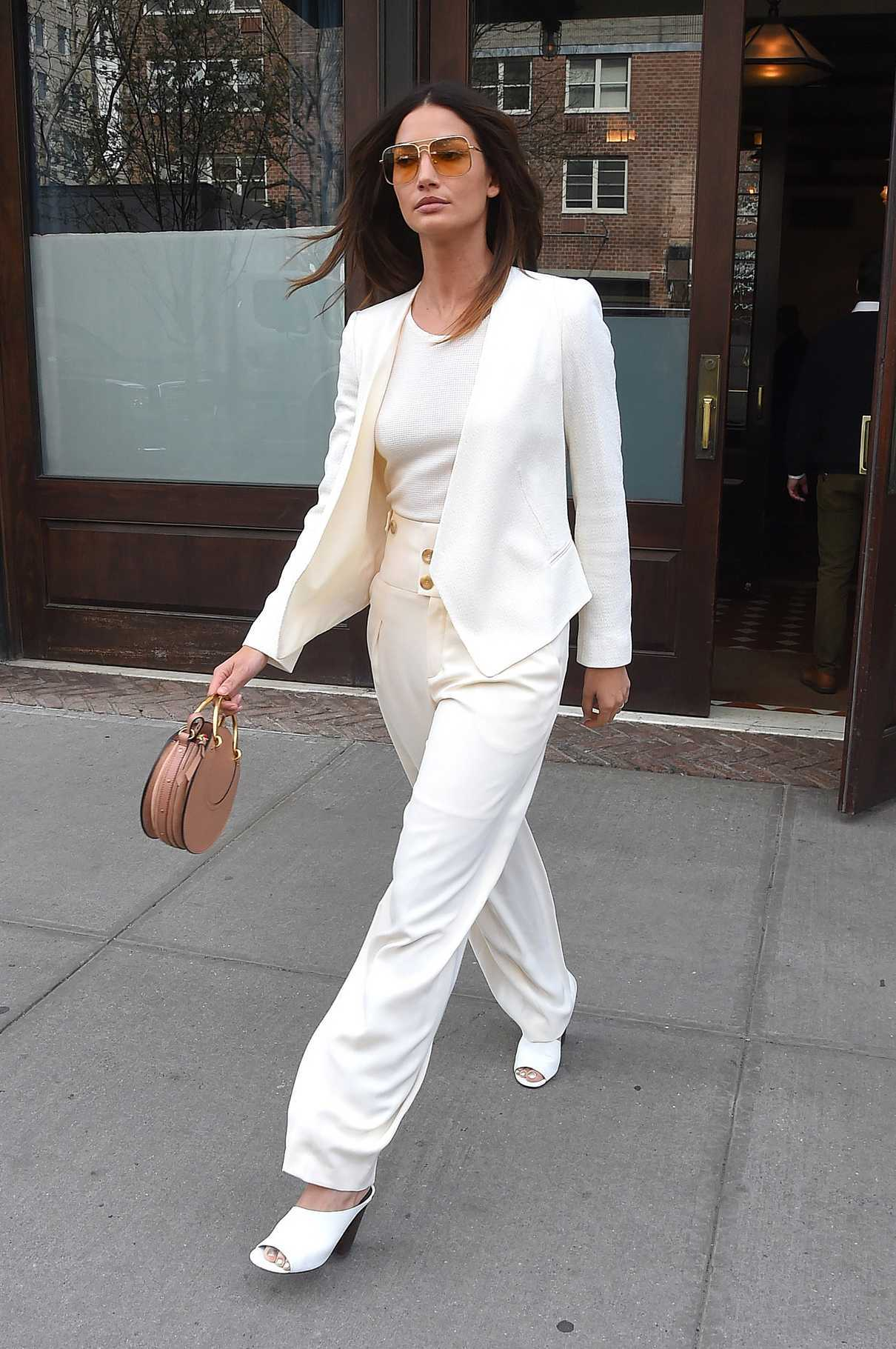 Lily Aldridge Leaves Her Hotel in New York City 04/24/2018-4