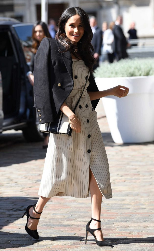 Meghan Markle Arrives at the Reception with Prince Harry and Delegates of Commonwealth Youth Forum at Queen Elizabeth II Conference Centre in London 04/18/2018-1