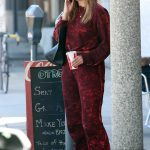 Mischa Barton Arrives at a Local Restaurant in Beverly Hills 04/25/2018