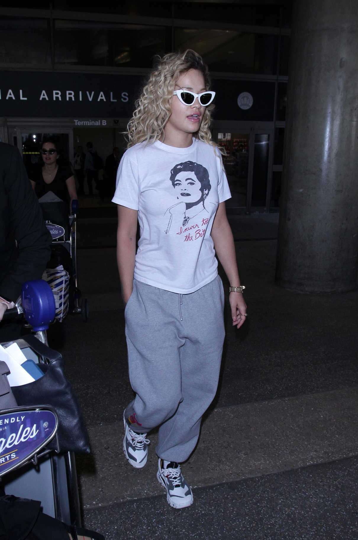 Rita Ora Arrives at LAX Airport in LA 04/13/2018-4