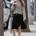 Dakota Johnson Picks up a Coffee in Los Angeles 05/18/2018-4