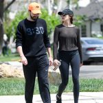 Elizabeth Olsen Leaves a Gym Session with Boyfriend Robbie Arnett in Los Angeles 05/03/2018-4