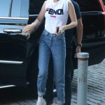 Gigi Hadid Arrives at Her Apartment in New York City 05/30/2018-2