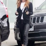 Isla Fisher Was Seen Out in Beverly Hills-2