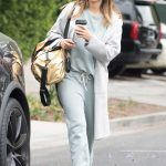 Jessica Alba Picks up Coffee in Beverly Hills 05/19/2018-2