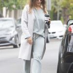 Jessica Alba Picks up Coffee in Beverly Hills 05/19/2018-4