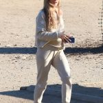 Joanna Krupa Heads Out to the Dog Park in Los Angeles 05/11/2018-2