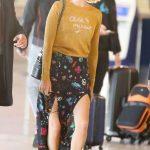 Margot Robbie Arrives at Charles-de-Gaulle Airport in Paris 05/06/2018-3