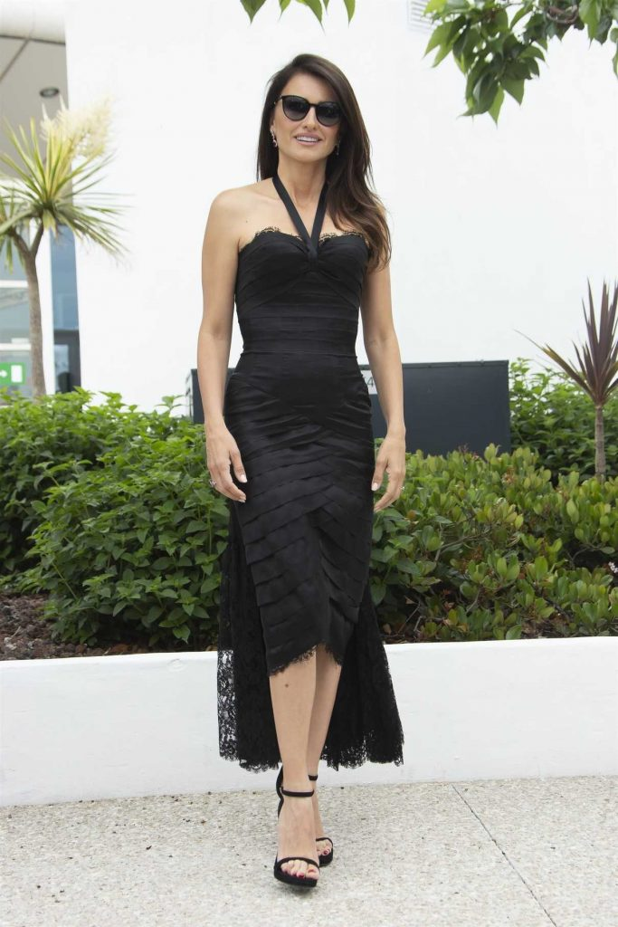 Penelope Cruz at Everybody Knows Photocall During the 71st Cannes Film Festival in Cannes 05/09/2018-1