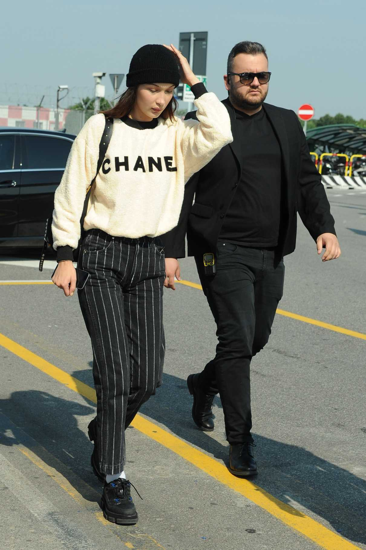 Bella Hadid Arrives at Malpensa Airport in Milan 06/17/2018-1