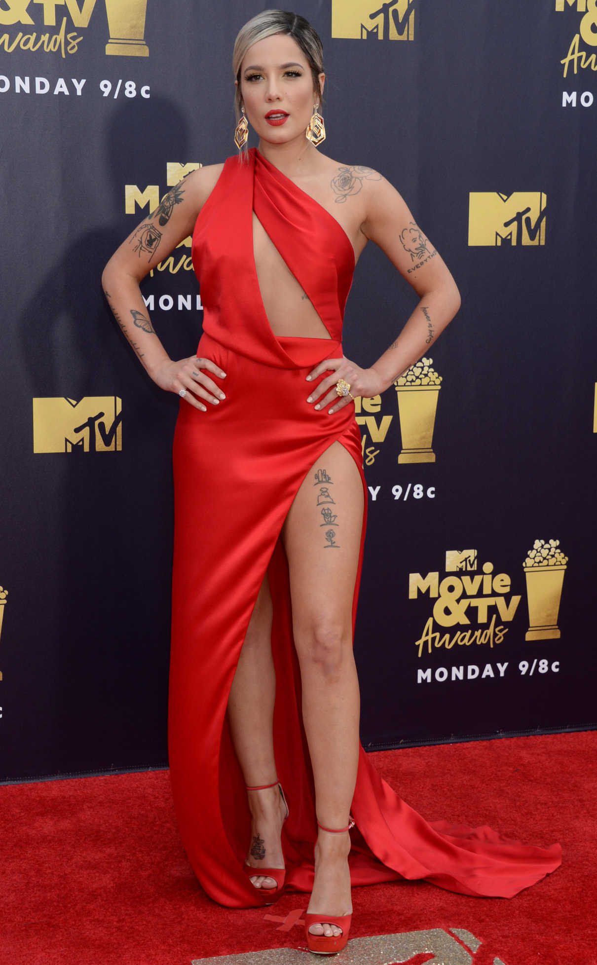 Halsey Attends the 2018 MTV Movie and TV Awards in Santa Monica 06/16/2018-1