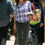 Jennifer Garner on the Set of the HBO Series Camping in Los Angeles 06/25/2018-2