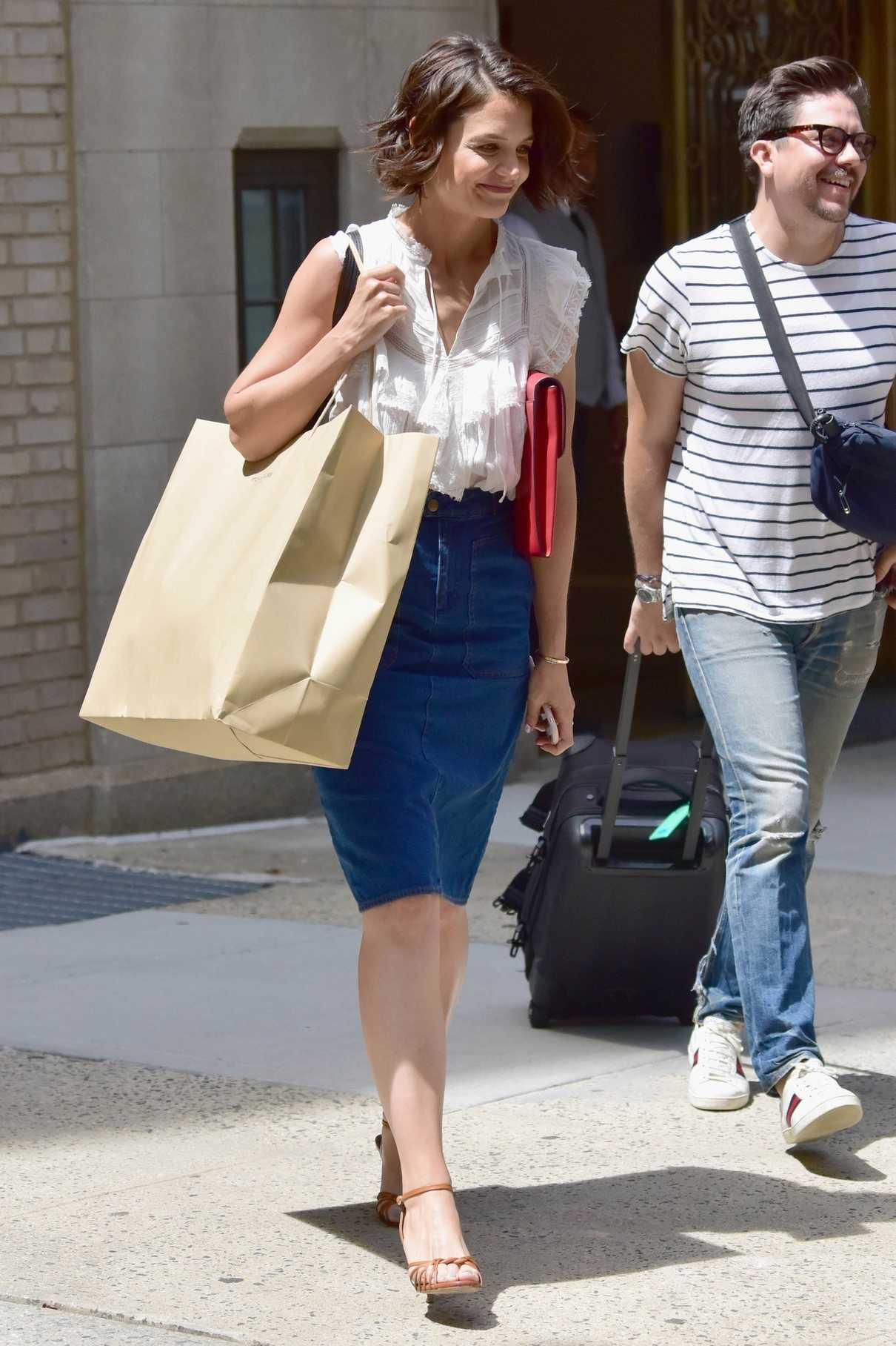 Katie Holmes Out Shopping in New York 06/21/2018-1