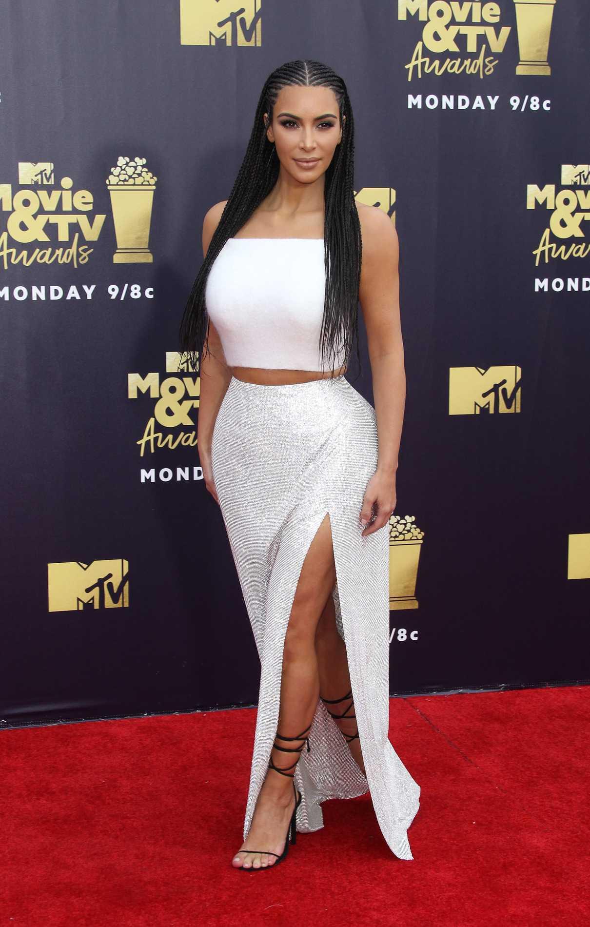 Kim Kardashian Attends the 2018 MTV Movie and TV Awards in Santa Monica 06/16/2018-1