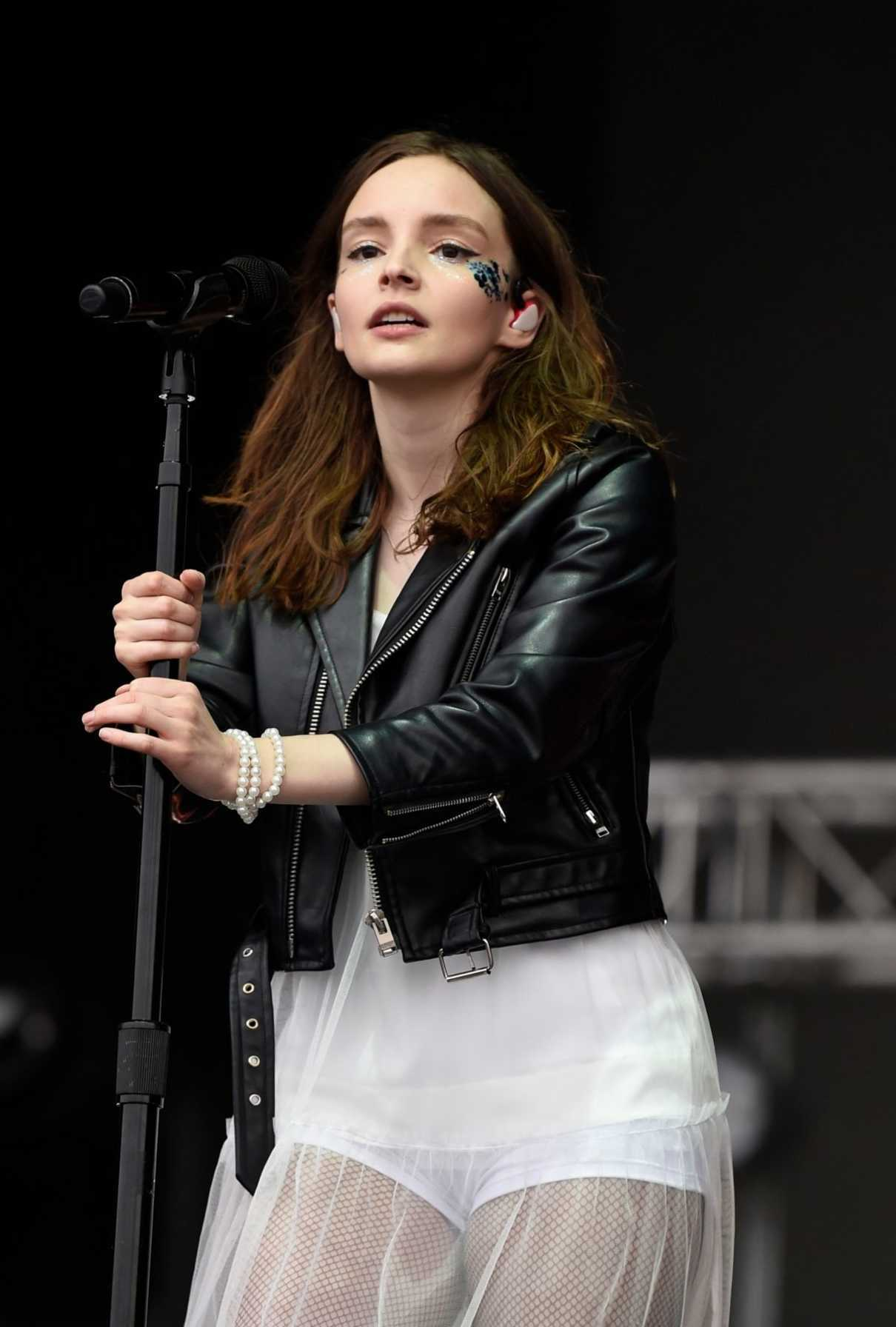 Lauren Mayberry Performs During the Parklife Festival at Heaton Park in Manchester 06/10/2018-5