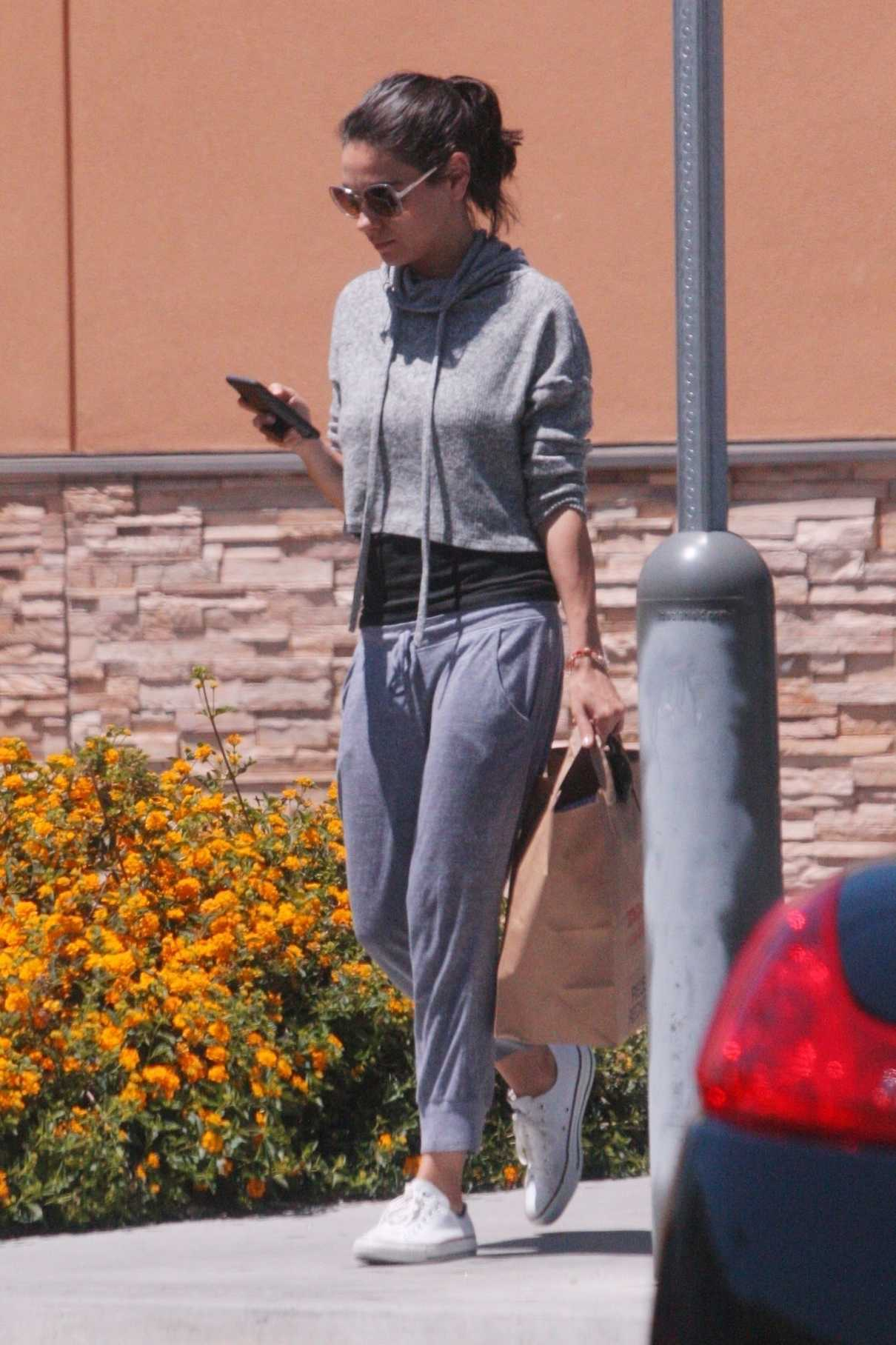Mila Kunis Makes a Stop by Walgreens in Los Angeles 06/11/2018-1