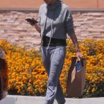 Mila Kunis Makes a Stop by Walgreens in Los Angeles 06/11/2018-2