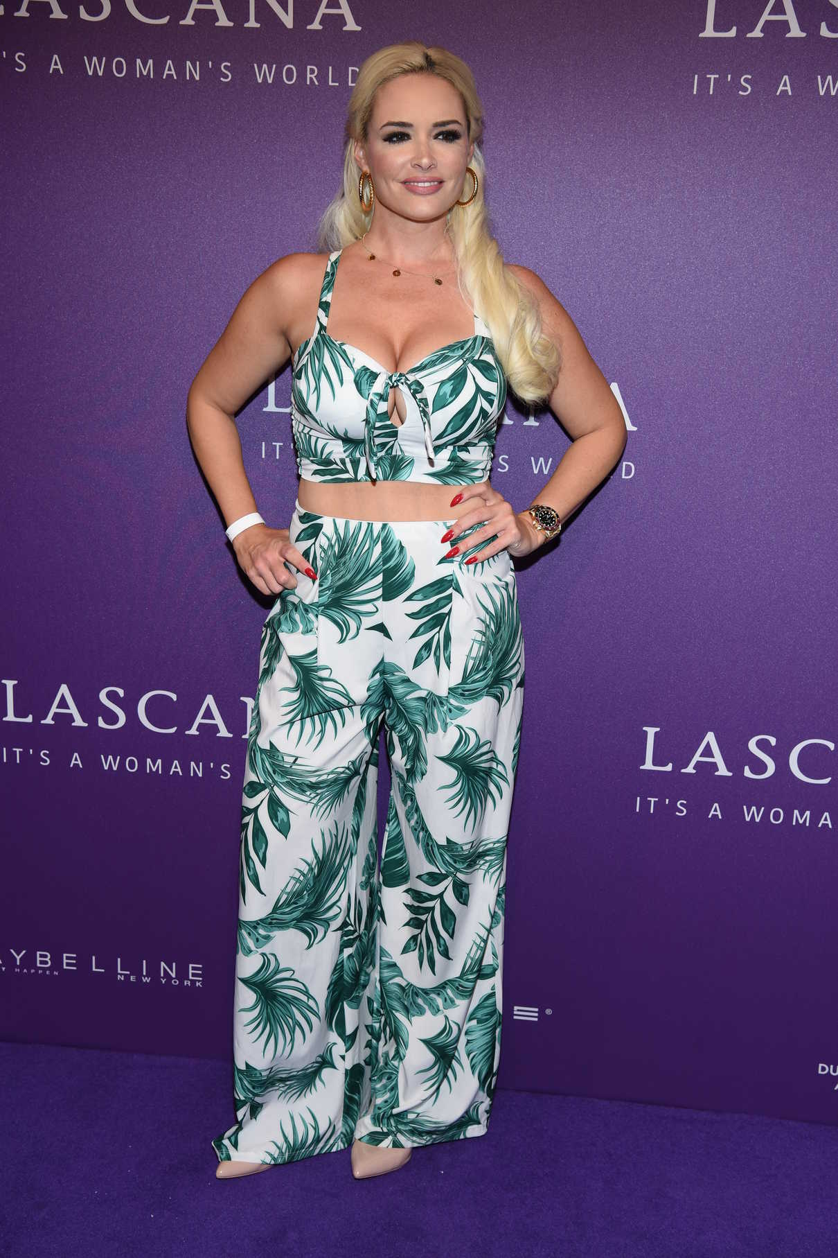 low priced 464af e03f6 Daniela Katzenberger Attends the Lascana Fashion Show During ...