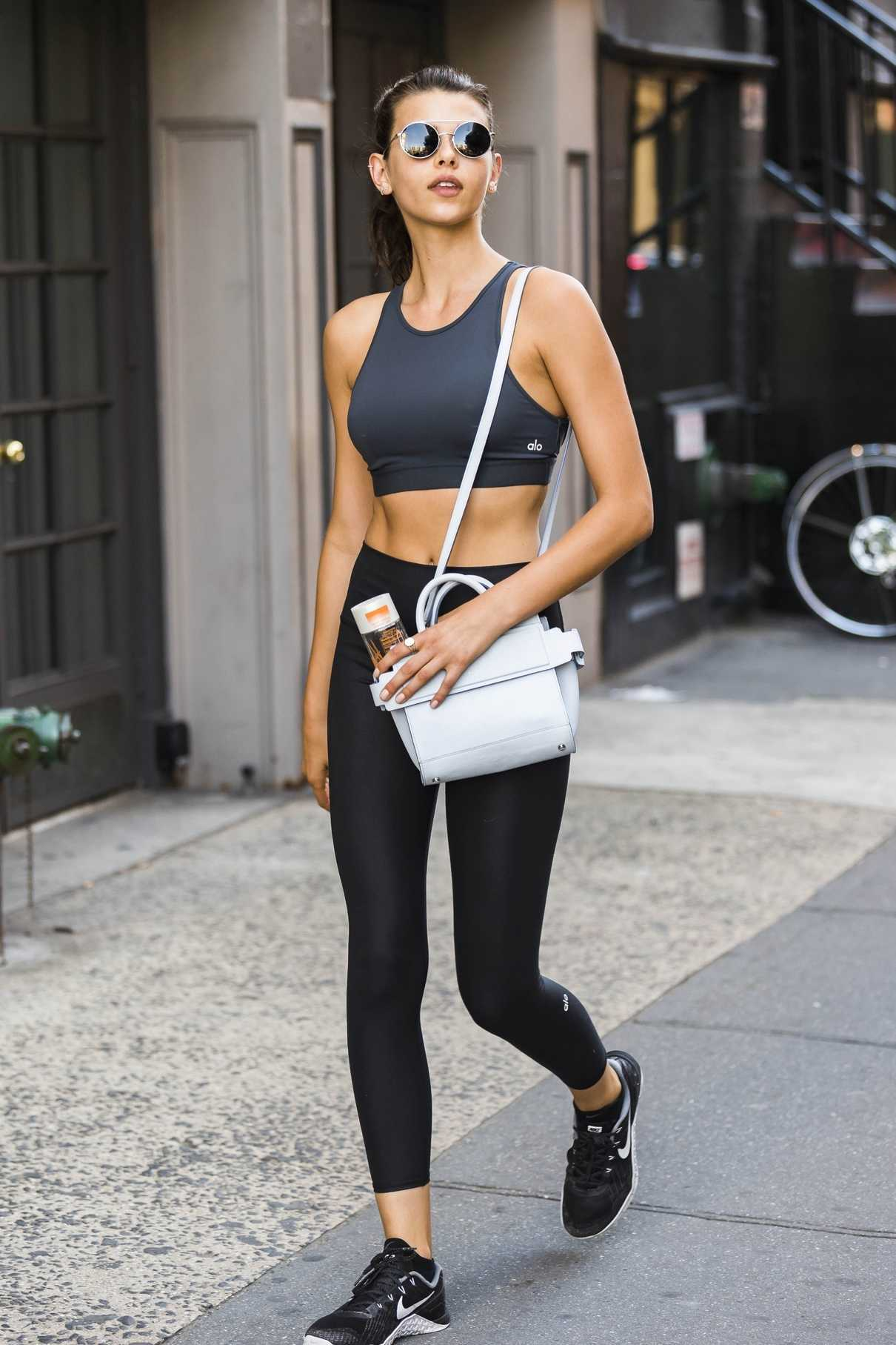 Georgia Fowler Leaves a Yoga Session in New York City 07/09/2018-1