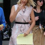 Holly Willoughby Leaves ITV Studios in London 07/09/2018-5