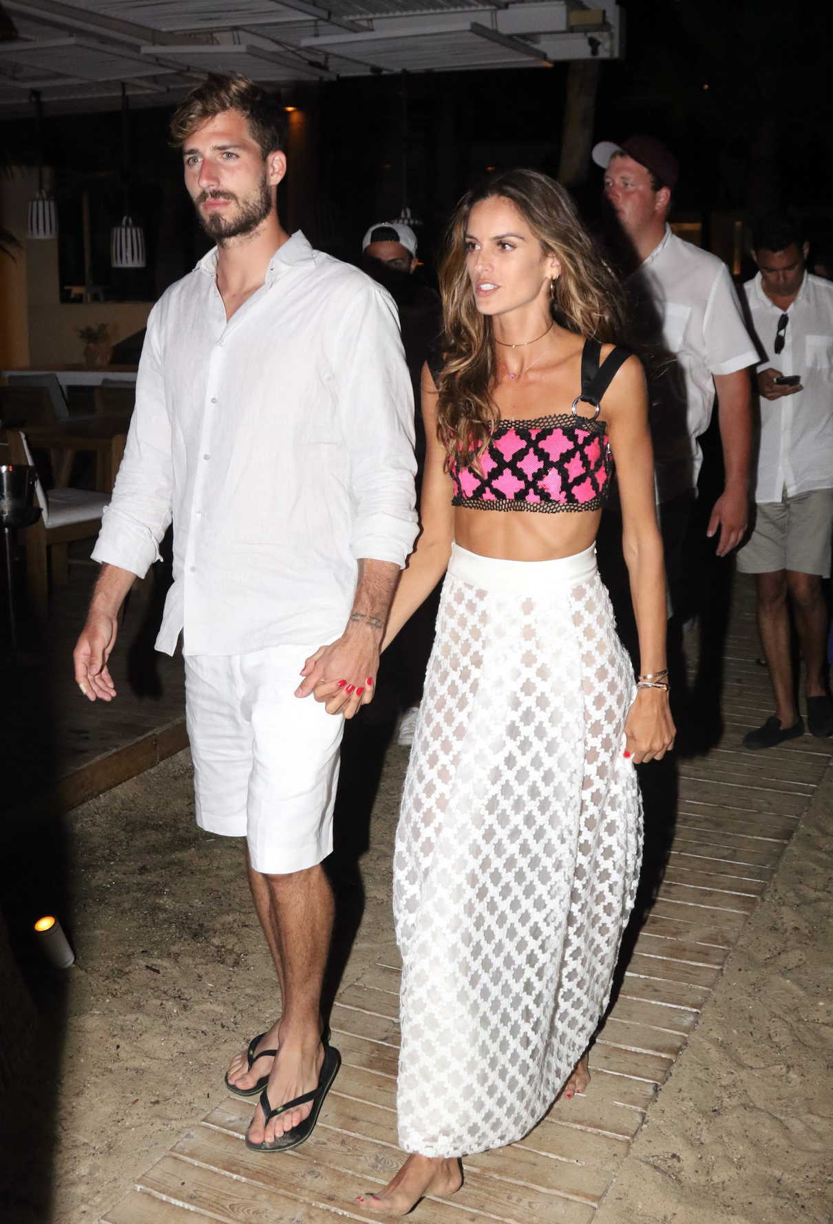 Izabel Goulart Was Spotted Out with Kevin Trapp on Mykonos Island in Greece 07/08/2018-2
