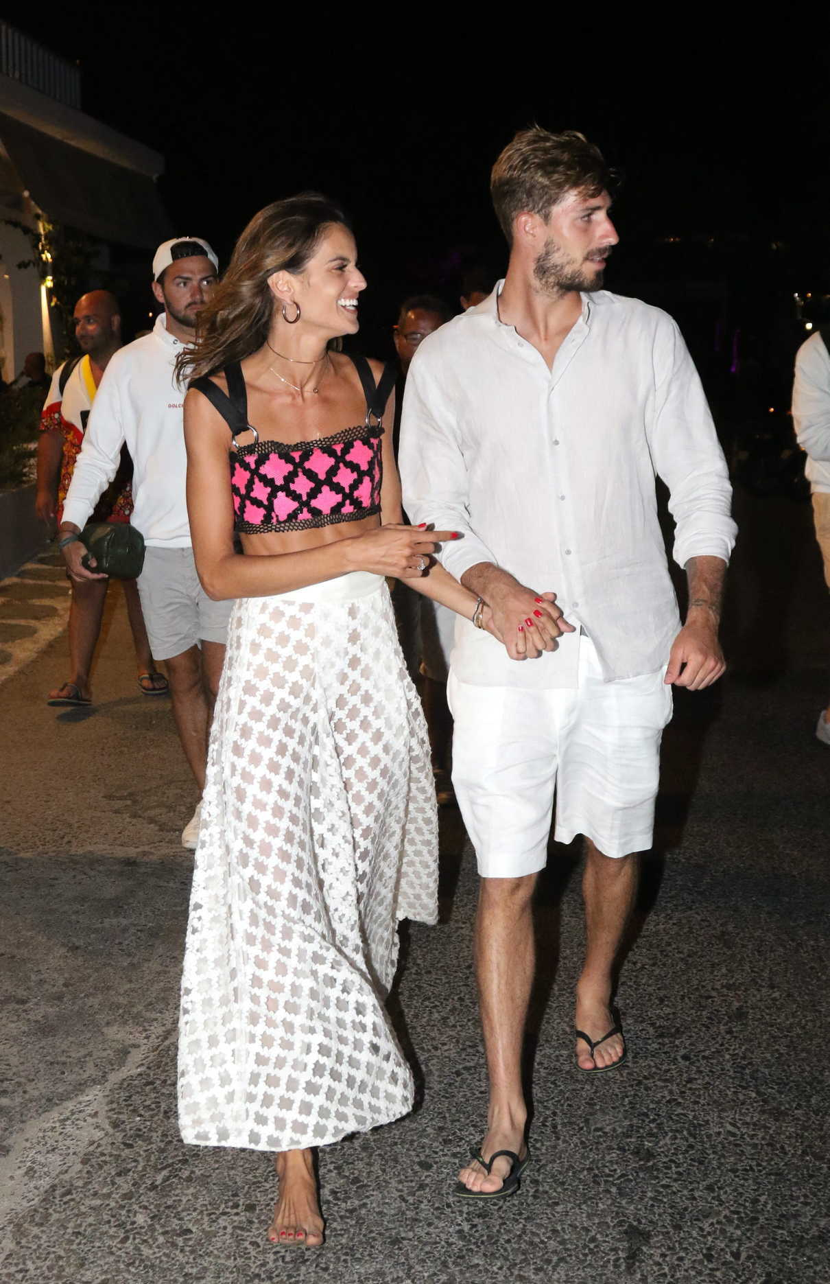 Izabel Goulart Was Spotted Out with Kevin Trapp on Mykonos Island in Greece 07/08/2018-3