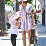 Jenna Dewan Goes Shopping with Her Daughter Everly in Los Angeles 07/06/2018-2