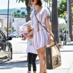 Jenna Dewan Goes Shopping with Her Daughter Everly in Los Angeles 07/06/2018-4