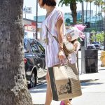 Jenna Dewan Goes Shopping with Her Daughter Everly in Los Angeles 07/06/2018-5