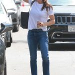 Jennifer Garner Visits the Tony La Maida Original Farm House in North Hollywood 07/03/2018-4