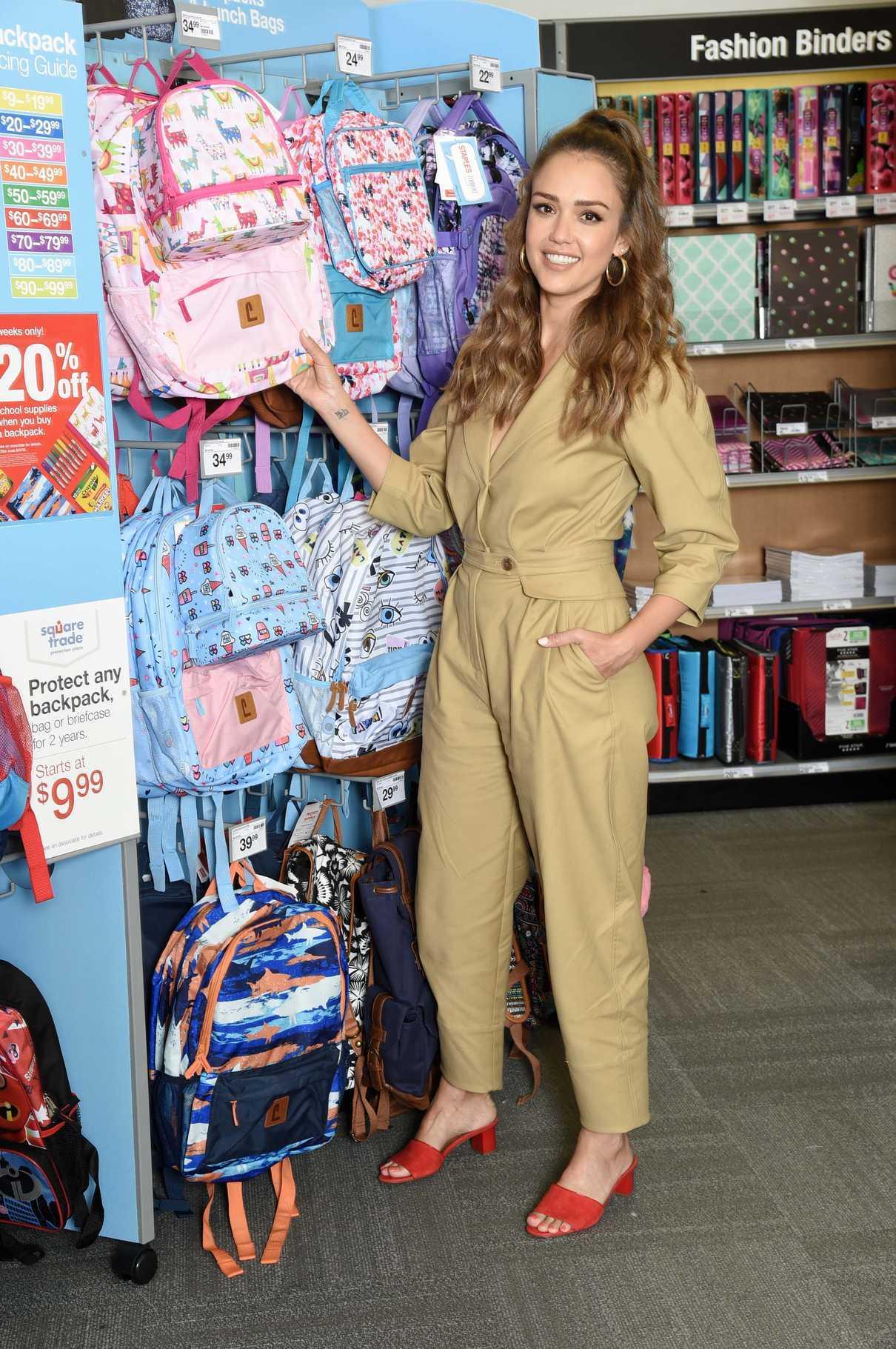 Jessica Alba in a Beige Overalls