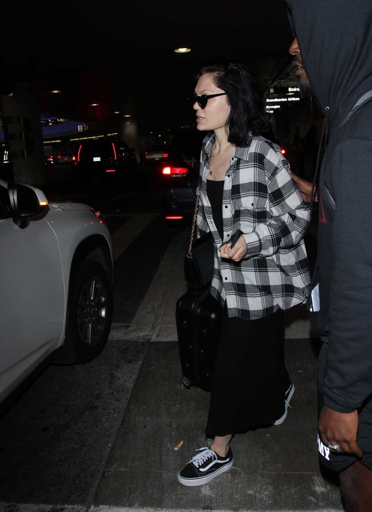 Jessie J Arrives to LAX Airport in Los Angeles 07/03/2018-3