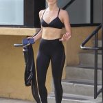 Julianne Hough Shows off Her Toned Tummy Out in Los Angeles 07/17/2018-3