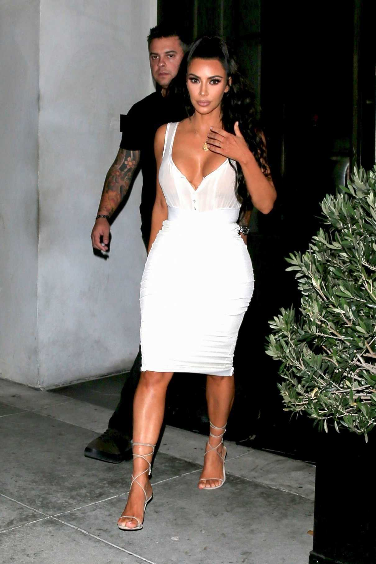 Kim Kardashian Out to Dinner at Spago's in Los Angeles 06/30/2018-1