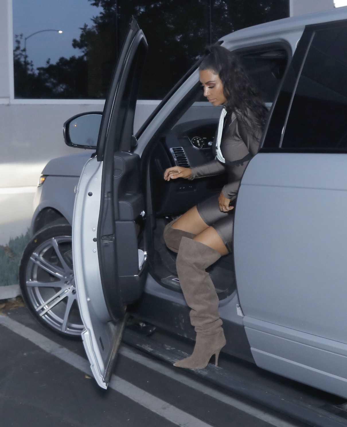 Kim Kardashian Was Seen Out in Calabasas 07/03/2018-1