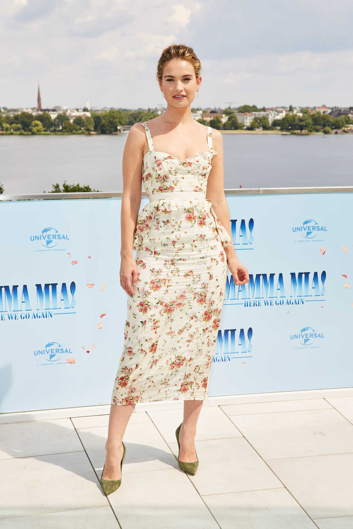Lily James at the Mamma Mia! Here We Go Again Photocall in Hamburg 07/12/2018-1