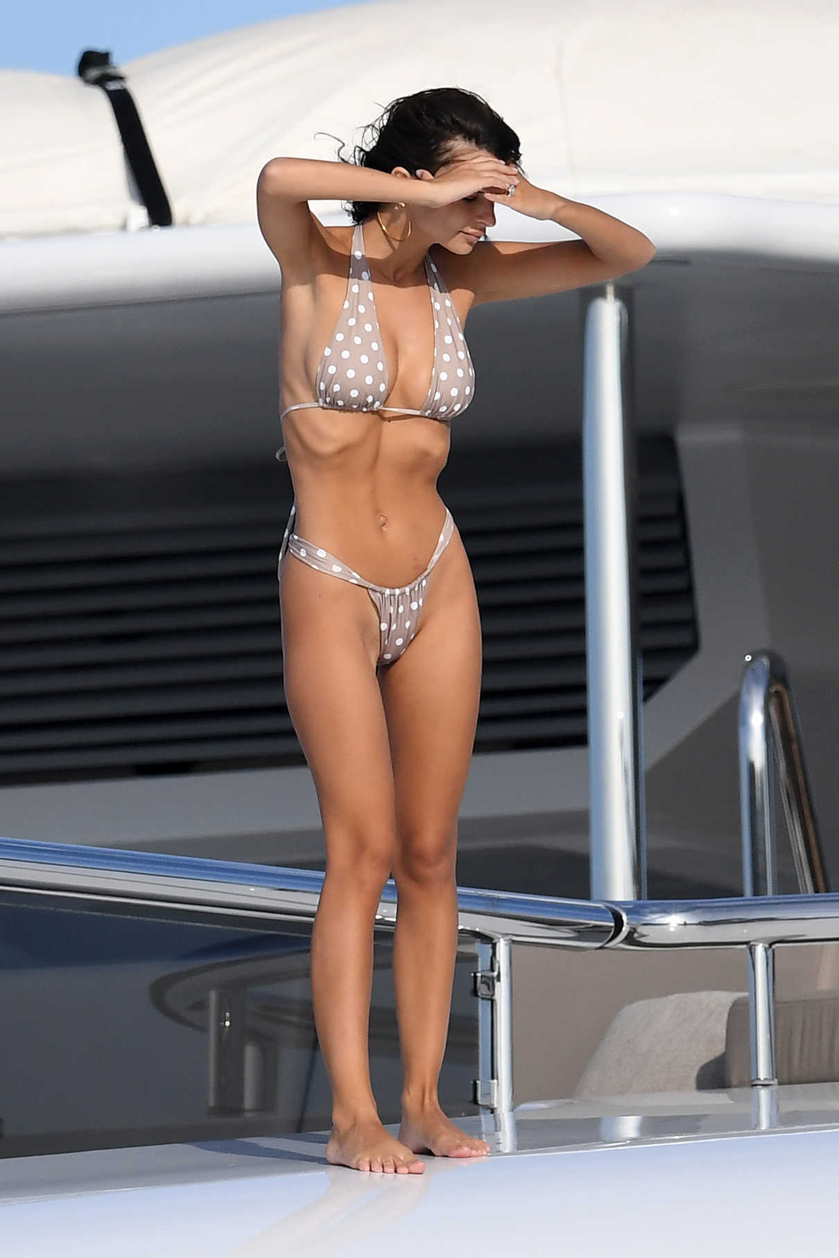 Emily Ratajkowski In Bikini On A Yacht In Sardinia 08 12