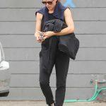 Jennifer Garner in a Black Workout Clothes